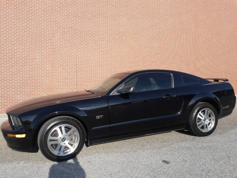 2006 Ford Mustang for sale at Ace Motors in Saint Charles MO