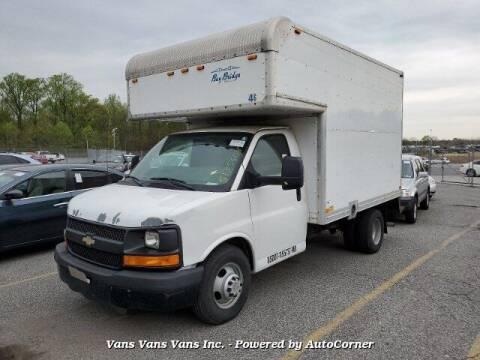 2011 Chevrolet Express Cutaway for sale at Vans Vans Vans INC in Blauvelt NY