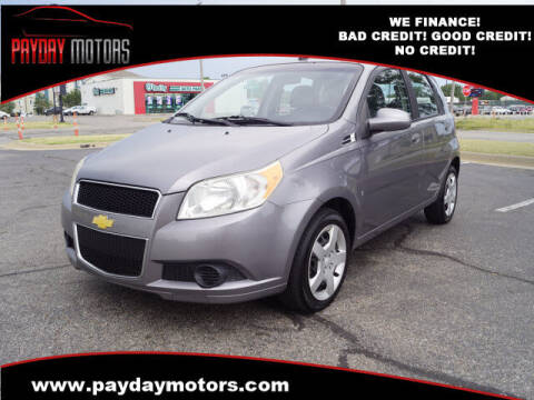 2009 Chevrolet Aveo for sale at Payday Motors in Wichita And Topeka KS