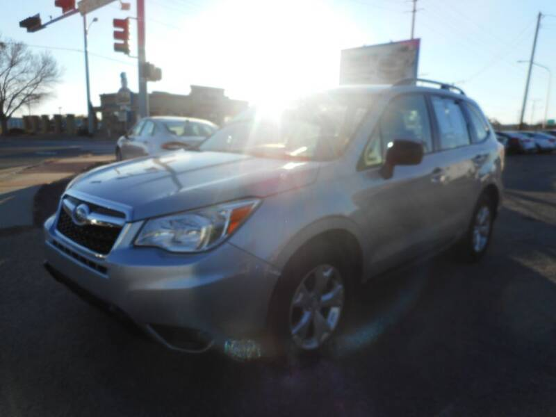 2015 Subaru Forester for sale at AUGE'S SALES AND SERVICE in Belen NM
