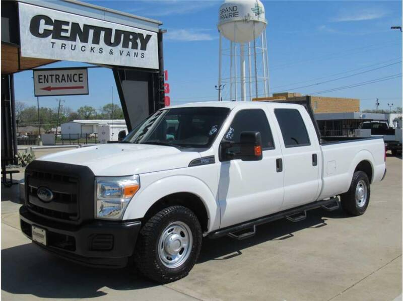 2015 Ford F-250 Super Duty for sale at CENTURY TRUCKS & VANS in Grand Prairie TX