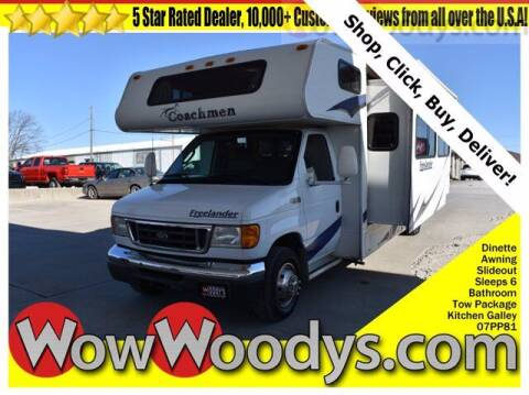 2005 Ford E-Series Chassis for sale at WOODY'S AUTOMOTIVE GROUP in Chillicothe MO