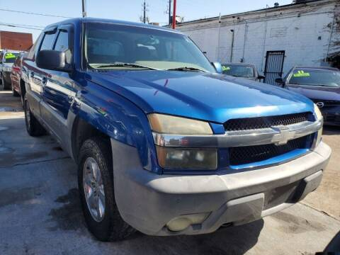 2003 Chevrolet Avalanche for sale at USA Auto Brokers in Houston TX