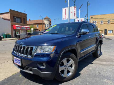 2013 Jeep Grand Cherokee for sale at Latino Motors in Aurora IL