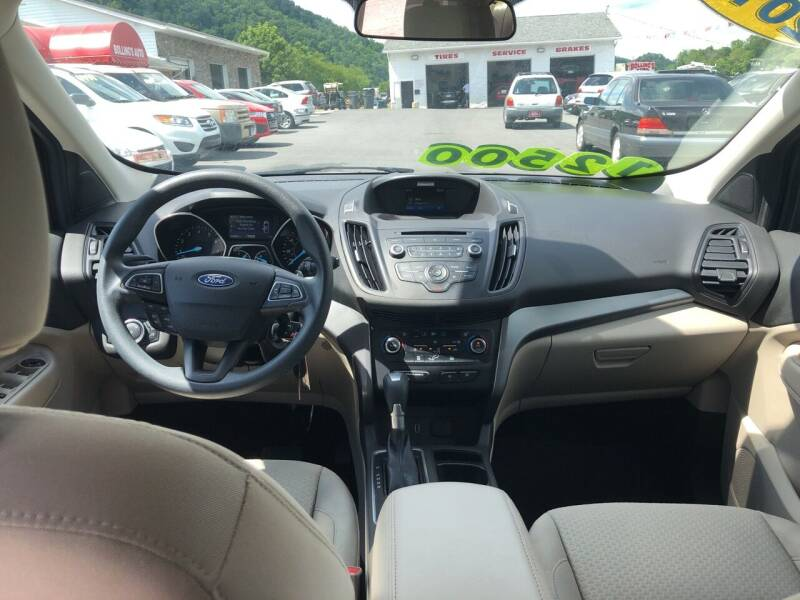 2017 Ford Escape SE 4dr SUV - Bristol TN