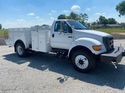 2009 Ford F-750 Super Duty for sale at MOES AUTO SALES in Spiceland IN