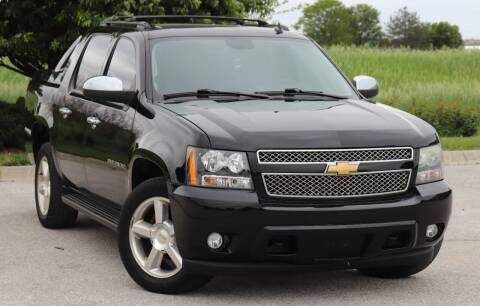 2011 Chevrolet Avalanche for sale at Big O Auto LLC in Omaha NE