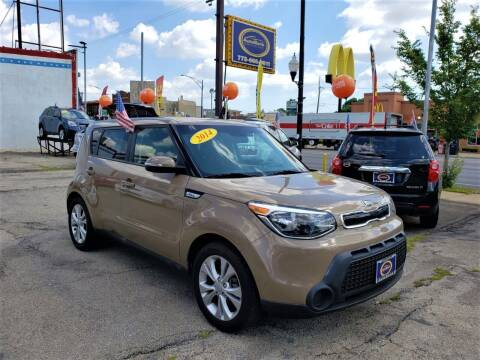 2014 Kia Soul for sale at AutoBank in Chicago IL