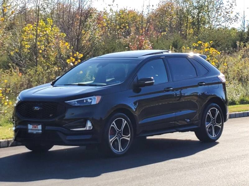 2019 Ford Edge for sale at R & R AUTO SALES in Poughkeepsie NY
