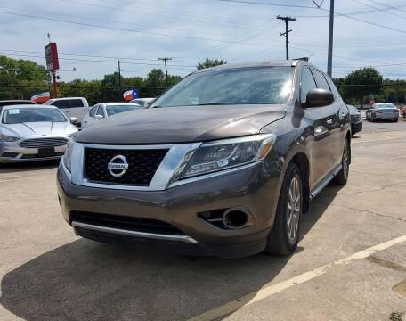2015 Nissan Pathfinder for sale at International Auto Sales in Garland TX