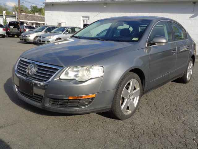 2008 Volkswagen Passat for sale at Purcellville Motors in Purcellville VA