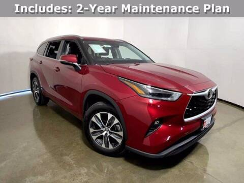 2021 Toyota Highlander for sale at Smart Budget Cars in Madison WI