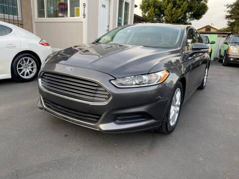 2015 Ford Fusion for sale at Ronnie Motors LLC in San Jose CA