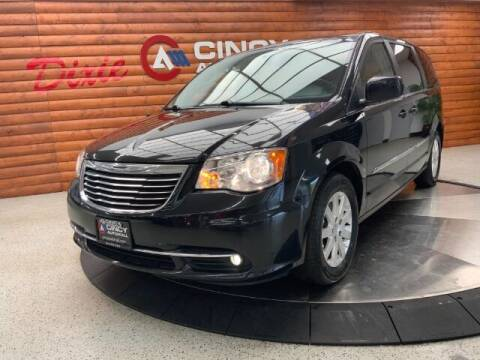 2016 Chrysler Town and Country for sale at Dixie Motors in Fairfield OH
