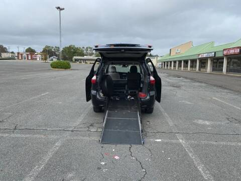 2019 Toyota Sienna for sale at BT Mobility LLC in Wrightstown NJ