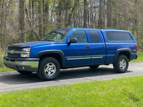 2003 Chevrolet Silverado 1500 for sale at CMC AUTOMOTIVE in Roann IN