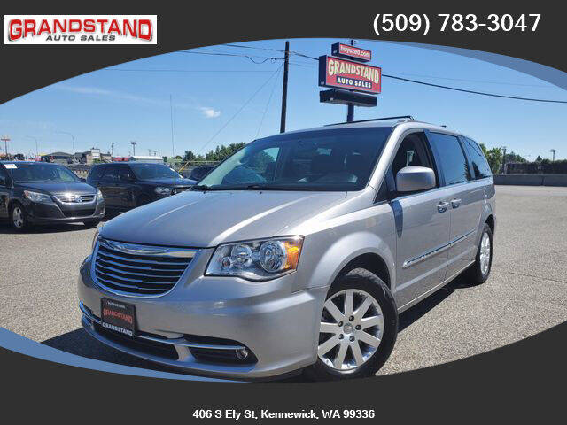 2016 Chrysler Town and Country for sale in Kennewick, WA