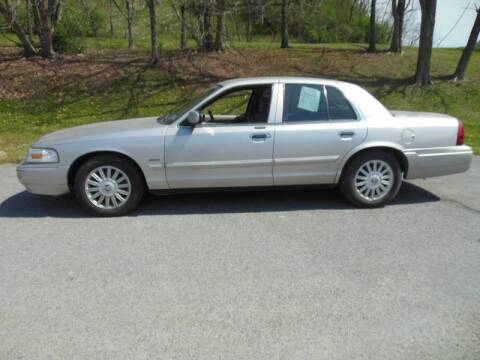 2009 Mercury Grand Marquis for sale at WESTON FORD  INC in Weston WV