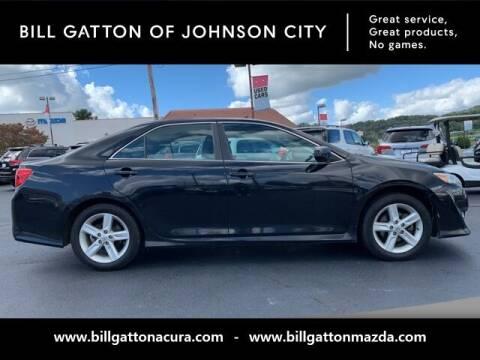 2014 Toyota Camry for sale at Bill Gatton Used Cars - BILL GATTON ACURA MAZDA in Johnson City TN