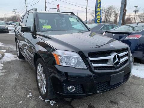 2012 Mercedes-Benz GLK for sale at Merrimack Motors in Lawrence MA