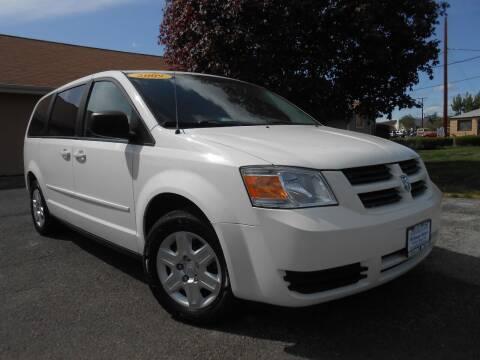 2009 Dodge Grand Caravan for sale at McKenna Motors in Union Gap WA