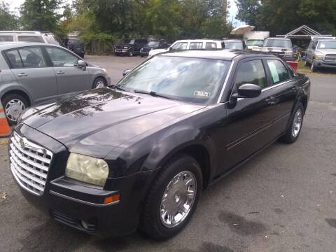 2005 Chrysler 300 for sale at Wilson Investments LLC in Ewing NJ