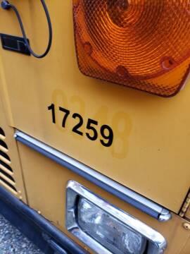 2004 Thomas Built Buses Saf-T-Liner MVP EF
