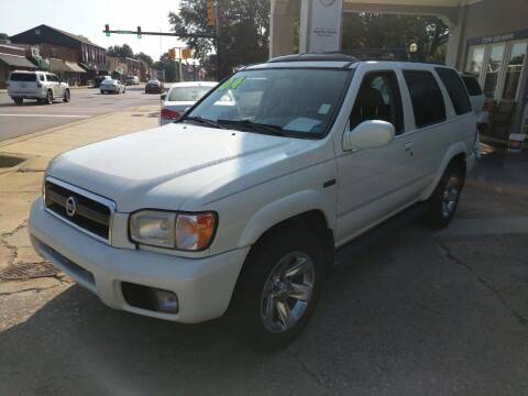 2004 Nissan Pathfinder for sale at ROBINSON AUTO BROKERS in Dallas NC