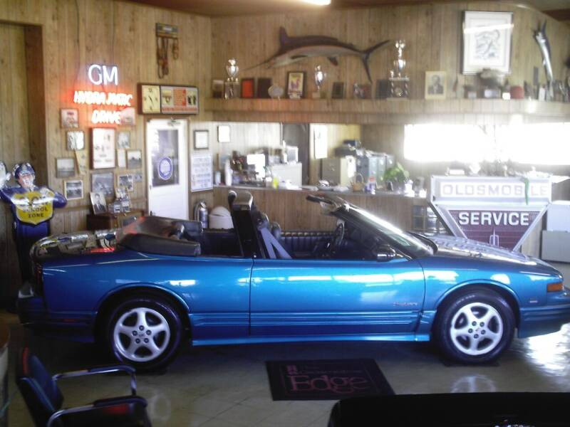 1993 Oldsmobile Cutlass Supreme for sale at STAPLEFORD'S SALES & SERVICE in Saint Georges DE