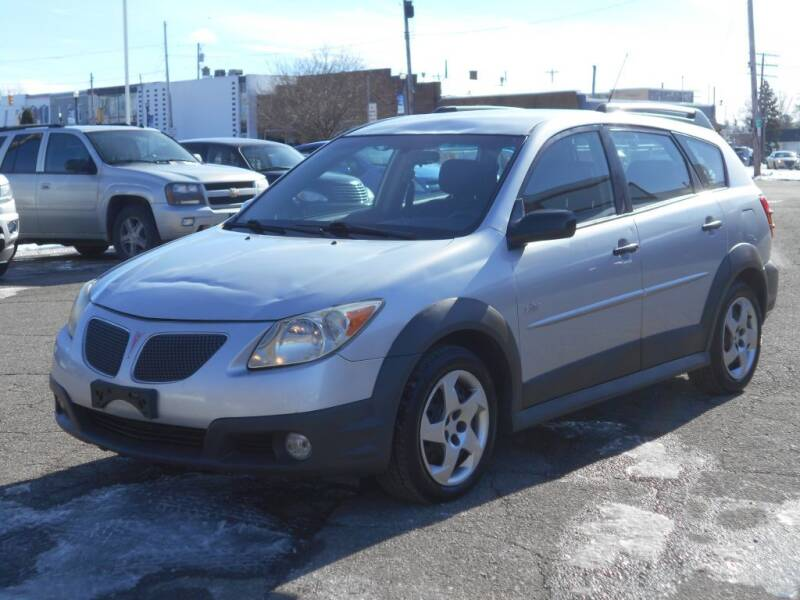 2005 Pontiac Vibe for sale at MT MORRIS AUTO SALES INC in Mount Morris MI