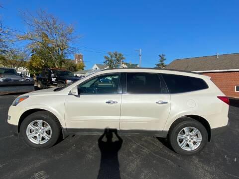 2011 Chevrolet Traverse for sale at Elizabeth Garage Inc in Elizabeth IL