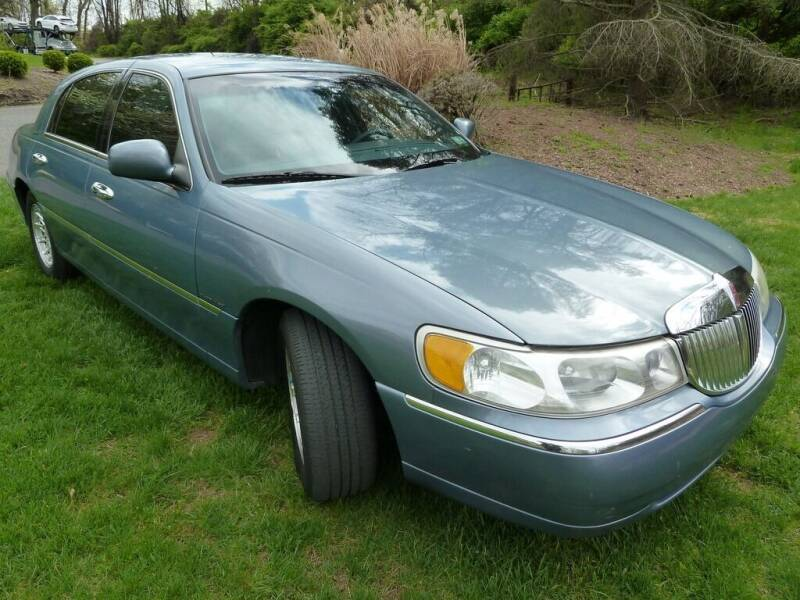1999 Lincoln Town Car for sale in Huntingdon Valley, PA