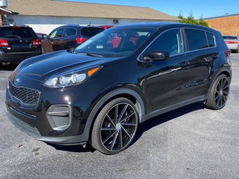 2018 Kia Sportage for sale at Modern Automotive in Boiling Springs SC