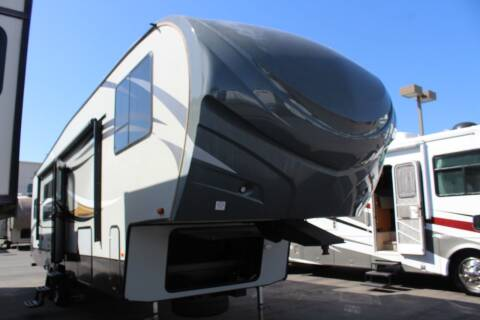 2015 Forest River Wildcat Maxx 322RK for sale at Rancho Santa Margarita RV in Rancho Santa Margarita CA
