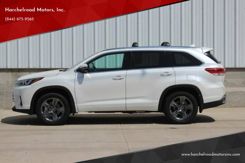 2017 Toyota Highlander for sale at Harchelroad Motors, Inc. in Imperial NE