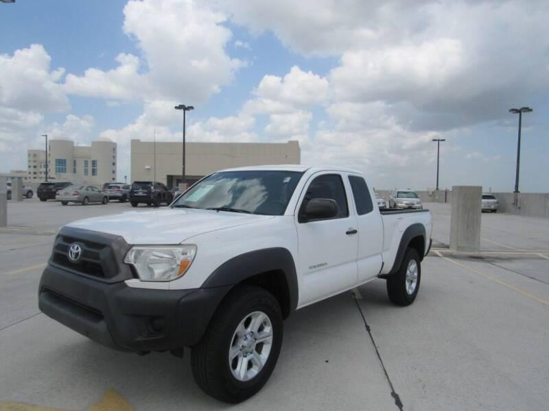 2014 Toyota Tacoma for sale at United Auto Center in Davie FL