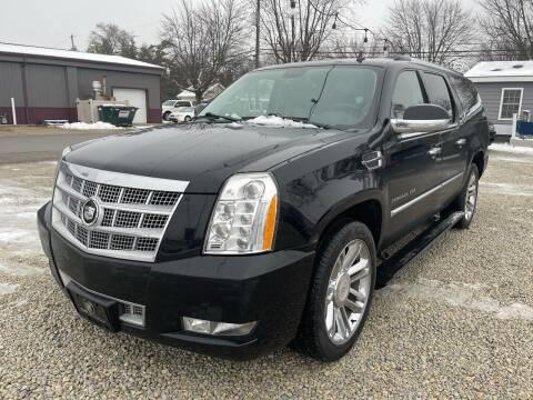 2012 Cadillac Escalade ESV for sale at Davidson Auto Deals in Syracuse IN