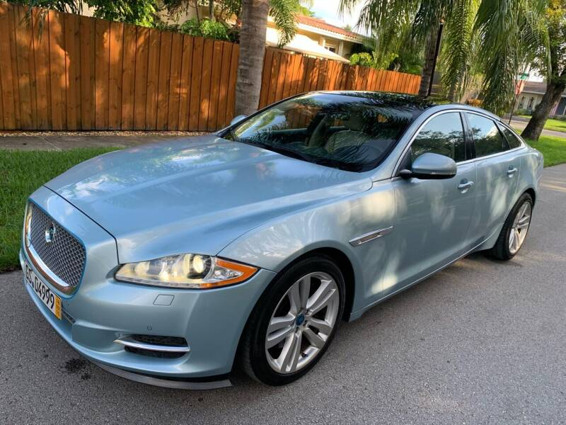 2016 Jaguar XJL for sale at FINANCIAL CLAIMS & SERVICING INC in Hollywood FL