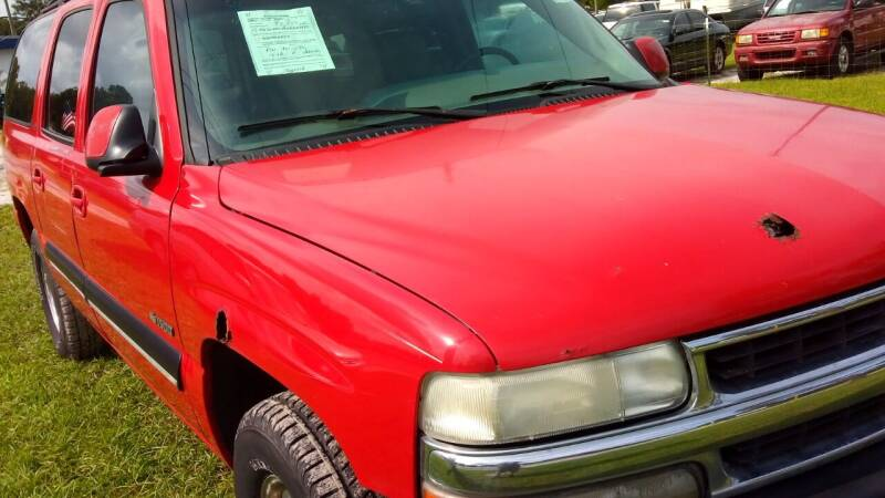 2001 Chevrolet Suburban for sale at MOTOR VEHICLE MARKETING INC in Hollister FL