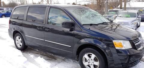 2008 Dodge Grand Caravan for sale at Superior Motors in Mount Morris MI