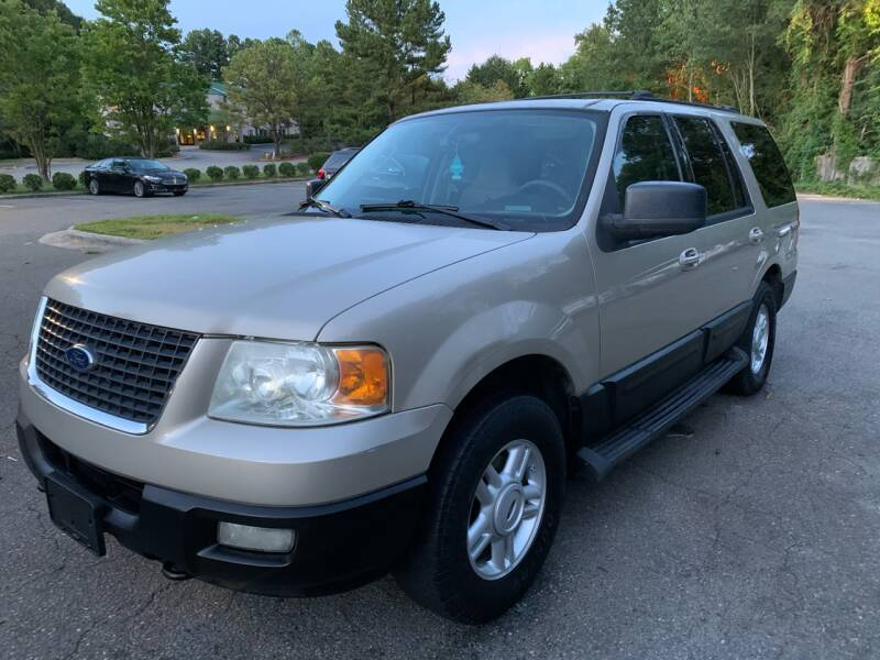 2004 Ford Expedition for sale at Triangle Motors Inc in Raleigh NC
