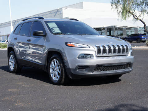 2015 Jeep Cherokee for sale at CarFinancer.com in Peoria AZ