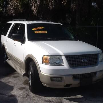 2005 Ford Expedition for sale at Easy Credit Auto Sales in Cocoa FL