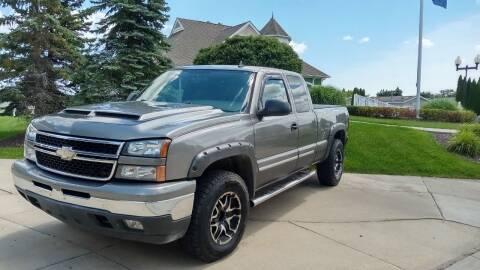 2006 Chevrolet Silverado 1500 for sale at Heartbeat Used Cars & Trucks in Harrison Township MI