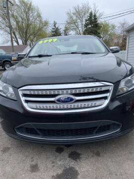 2011 Ford Taurus for sale at Mastro Motors in Garden City MI