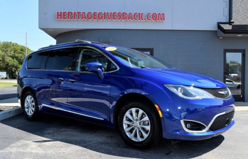 2019 Chrysler Pacifica for sale at Heritage Automotive Sales in Columbus in Columbus IN