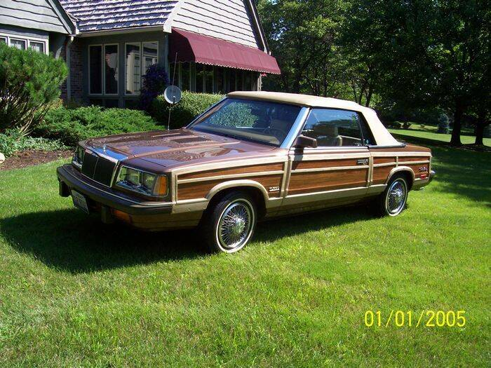 1986 Chrysler Town and Country for sale at Haggle Me Classics in Hobart IN