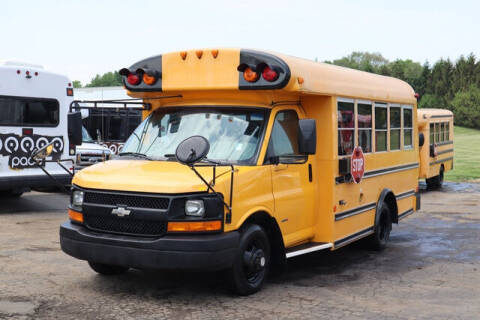 2007 Chevrolet Express Cutaway for sale at Signature Truck Center in Crystal Lake IL