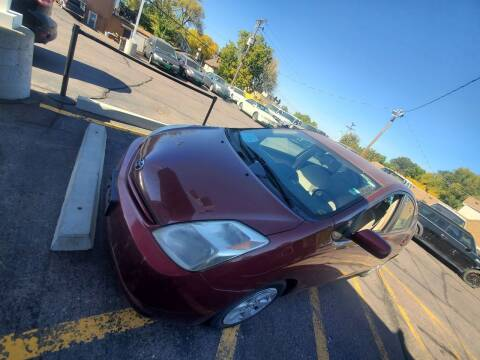 2005 Toyota Prius for sale at Geareys Auto Sales of Sioux Falls, LLC in Sioux Falls SD