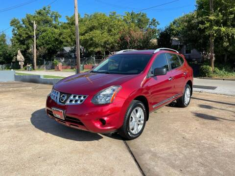 2015 Nissan Rogue Select for sale at Chema's Autos & Tires in Tyler TX